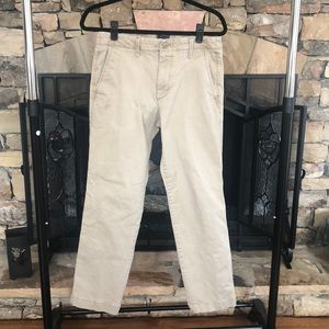 Gap Men's Khakis Lived in Straight Stretch. 31/30